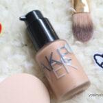 foundation adalah base maskeup yang membantu makeup awet, make over memiliki foundation dengan coverage yang cukup bagus