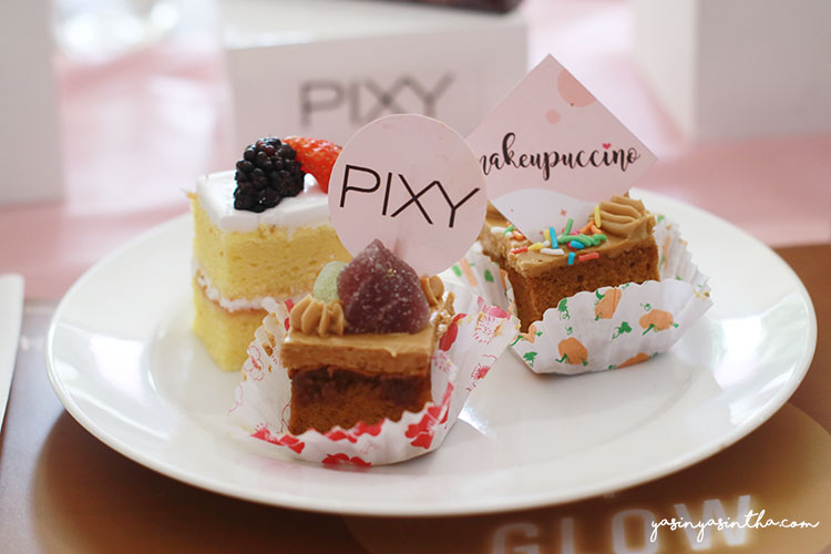 Pixy & Makeupuccino