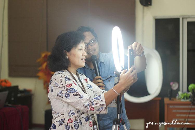 workshop foto produk dengan smartphone