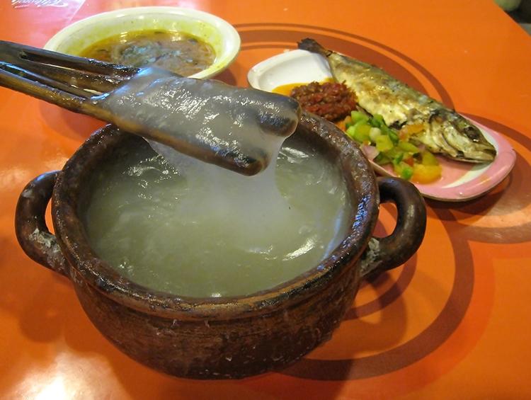 Papeda, Kuah Kuning, Ikan Tude Bakar