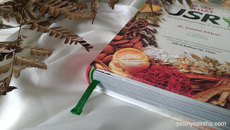 tampilan buku resep sehat jsr dikemas dengan hard cover dan kertas art paper full color