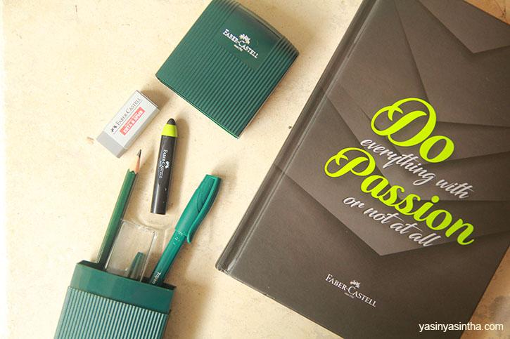 paket belajar online dari Faber Castell berisi stylus pen untuk android